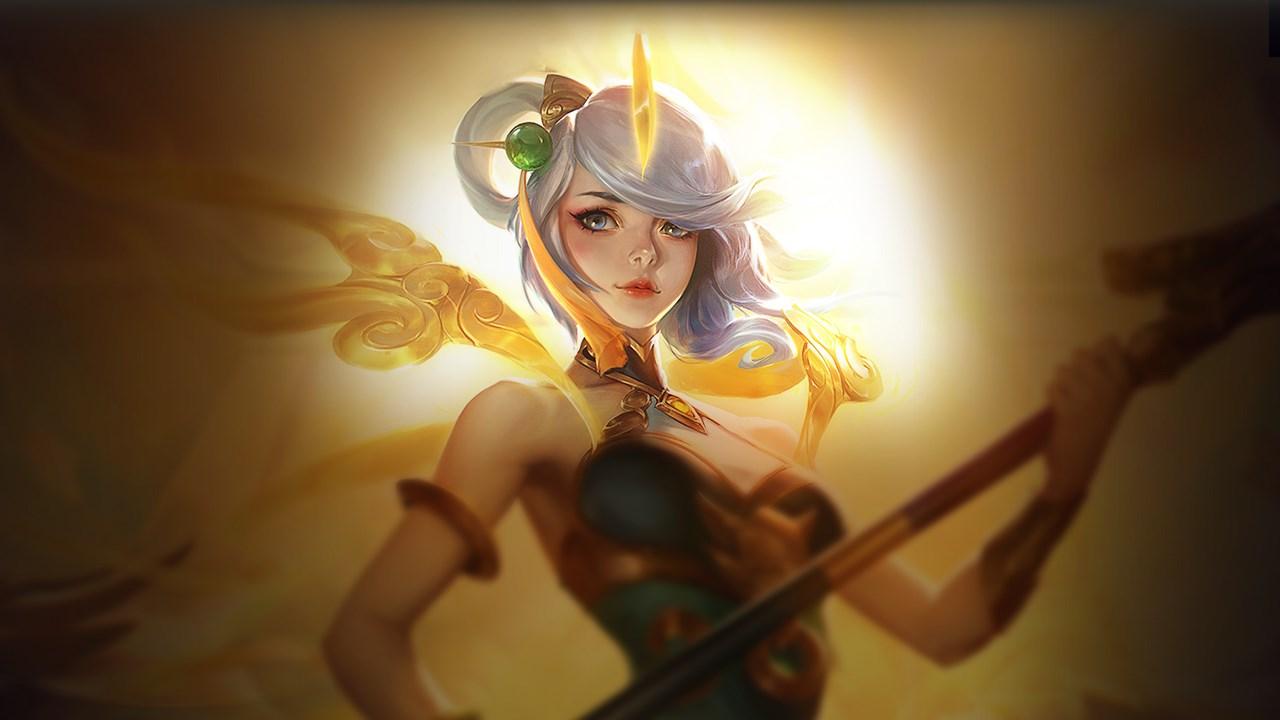 Lunar Empress Lux